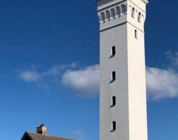 Et smukt malet dansk fyrtårn